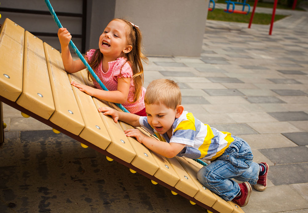 Outdoor Play Builds Gross Motor Skills